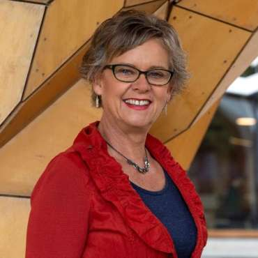 Dr Elizabeth Pritchard